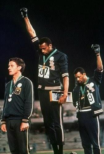 Tommie Smith e John Carlos contra a segregação racial 1968