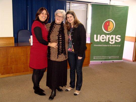 Profas. Arisa Araújo Ana Accorsi Eliane Kolschink UERGS 14 anos