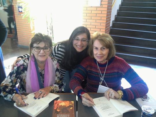 Literatura e Gênero em debate: Profas. Salete Rosa Pezzi dos Santos e Cecil Jeanine Albert Zinani - e nós!!